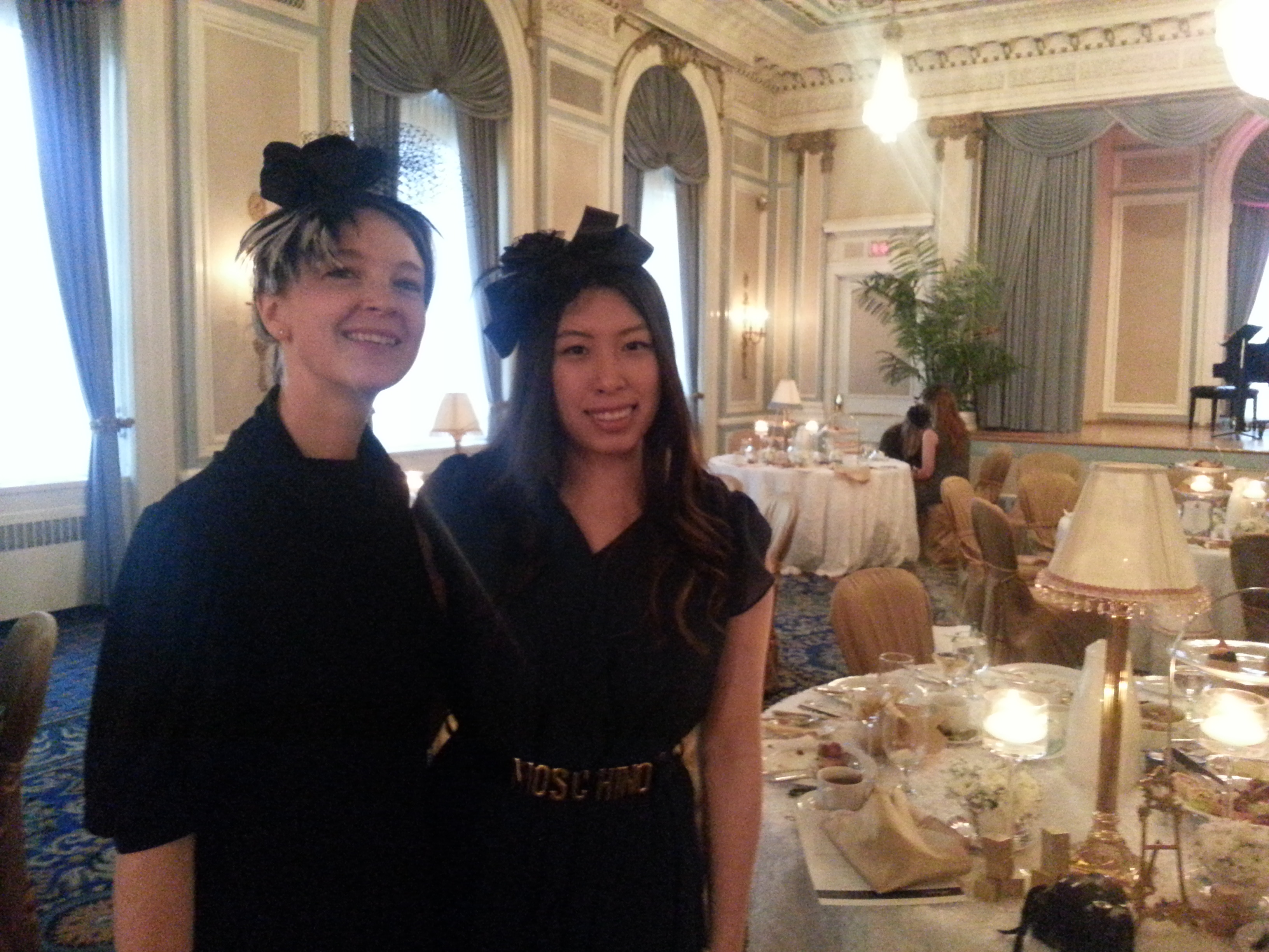 Local fashion blogger, Linda Sui, made her own fascinator too so we had to get our picture taken together after we had admired one another's creativity!