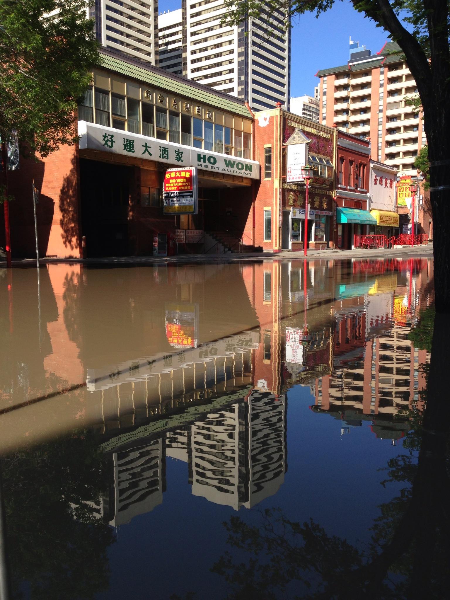 calgary-chinatown-flood-2013-lwwa