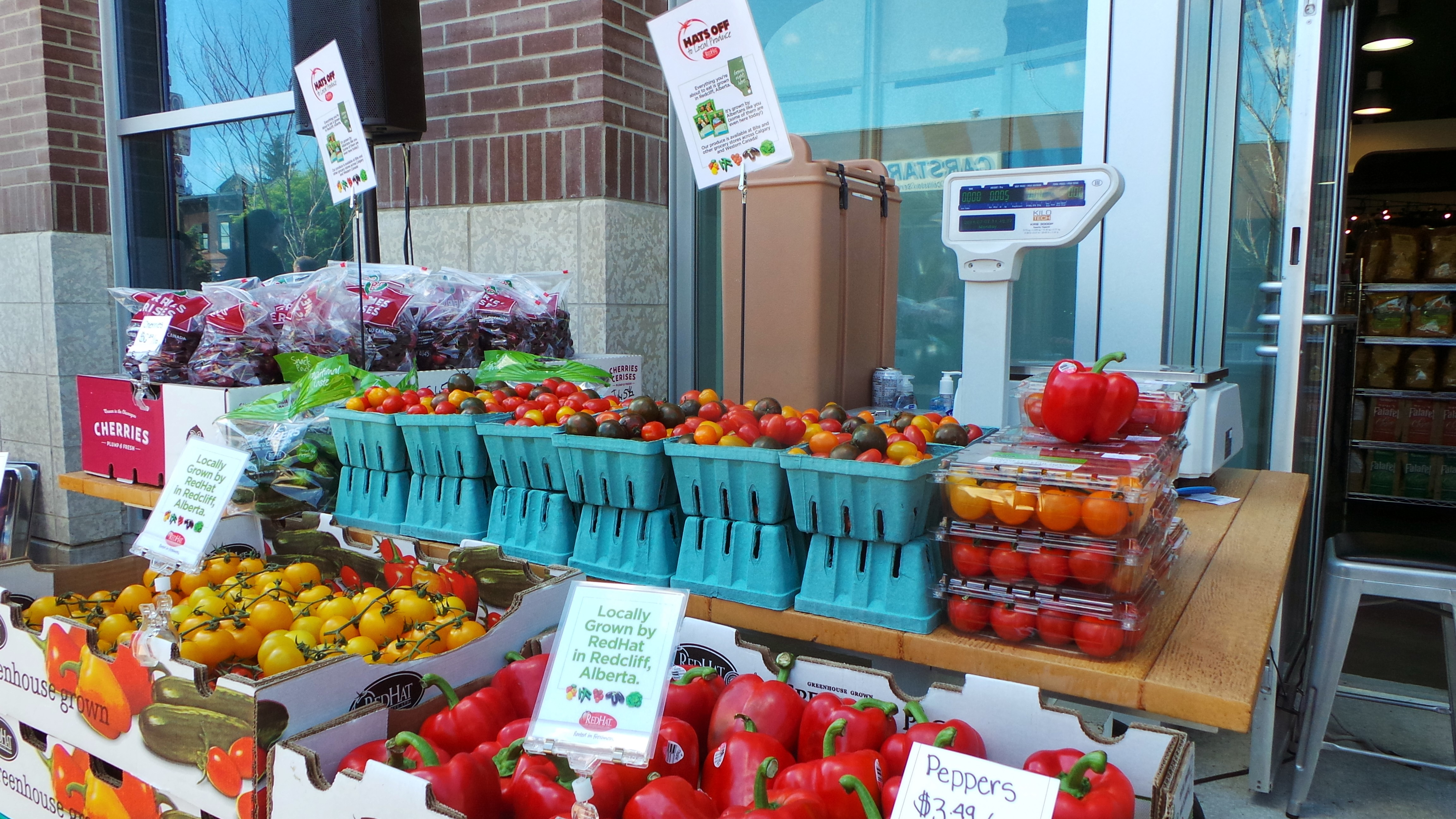 Produce_Local_Alberta_RedHat